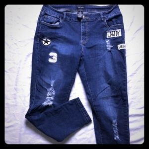 Distressed Suko Patch Jeans